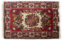 Persian Bahktiari rug, approx. 5.8 x 8.1