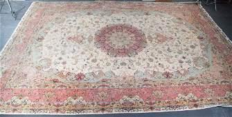 Fine Persian Tabriz carpet, approx. 11.4 x 16.10