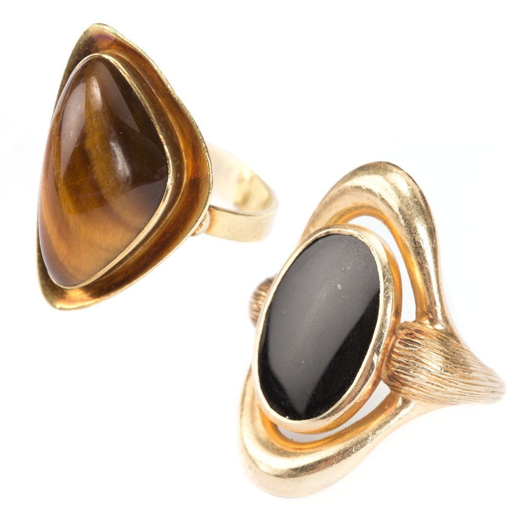 A Tiger's Eye Ring and a Black Onyx Ring