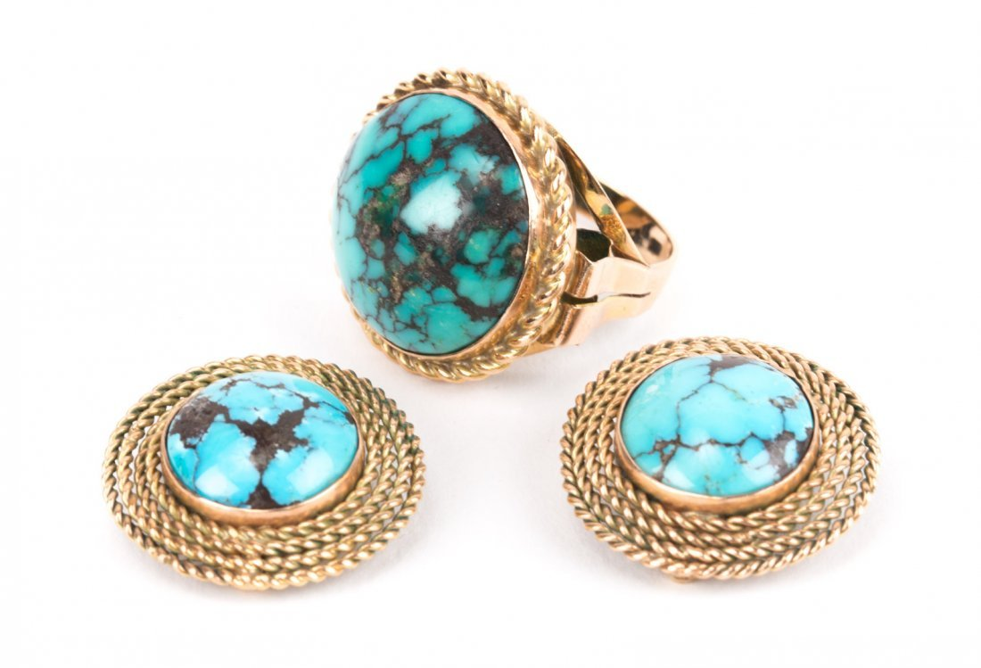 A Gold and Turquoise Ring and Matching Earrings