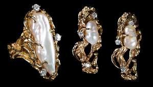 A Gold Biwa Pearl Earring and Ring Set