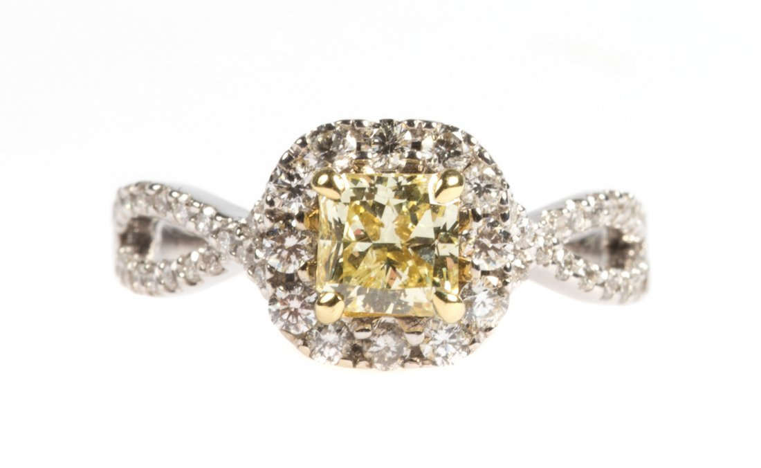 A Gold Natural Yellow and White Diamond Ring
