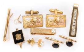 A Collection of Gentlemen's Jewelry