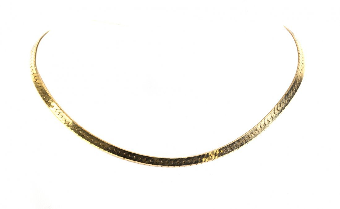 A Lady's Gold Herringbone Necklace