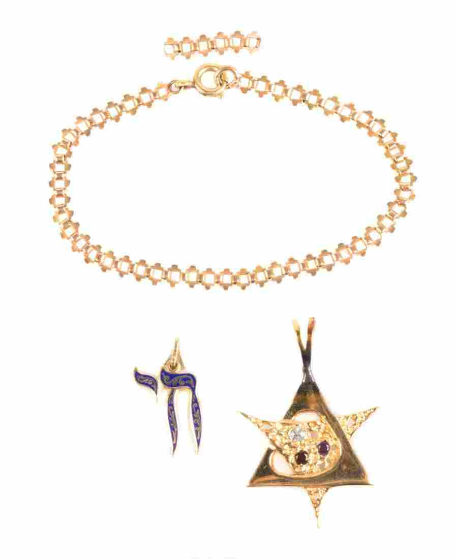 A Lady's Gold Pendants and Bracelet