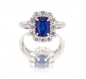 An Important 3.27ct Sapphire and Diamond Ring