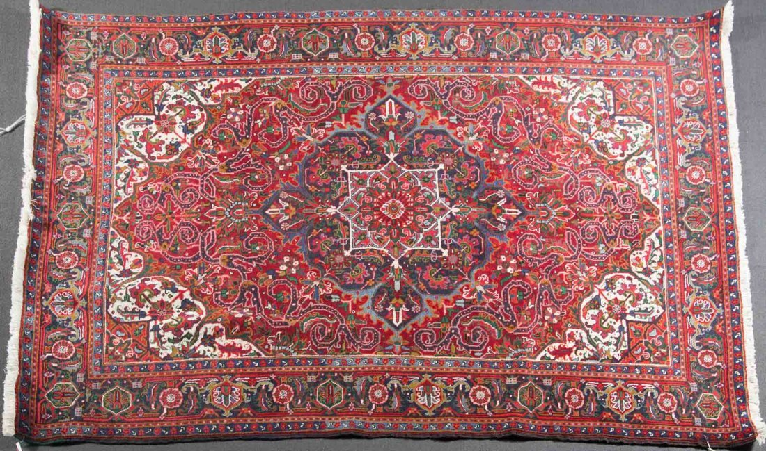 Persian Herez rug, approx. 6.9 x 9.6
