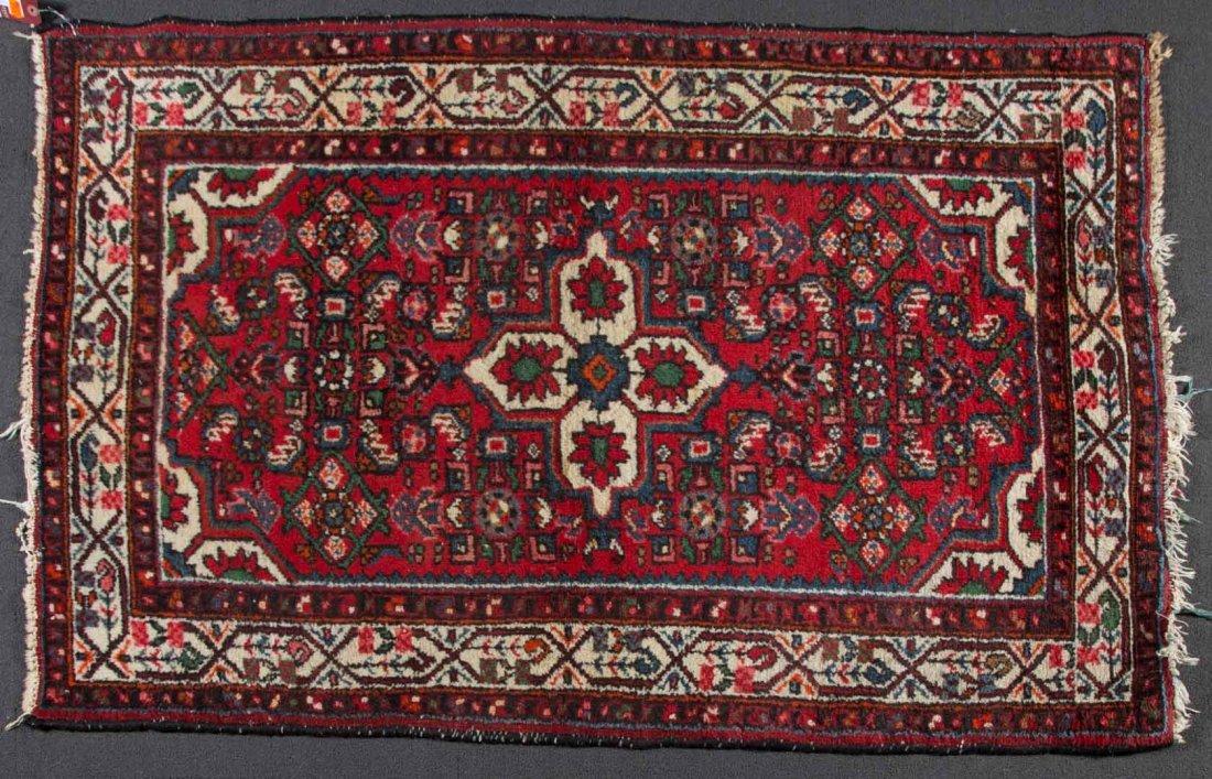 Persian Hamadan rug, approx. 3.6 x 5.2