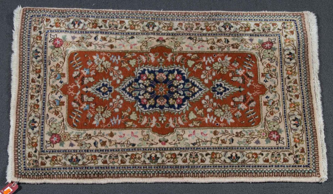 Persian Tabriz rug, approx. 2.6 x 3.8