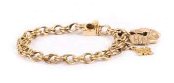 A Lady's14K Gold Charm Bracelet