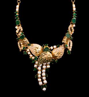 A Lady's 22K Gold Emerald and Pearl Necklace