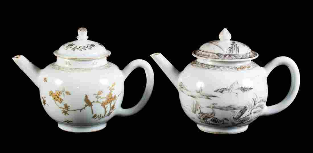 Two Chinese Export globular teapots