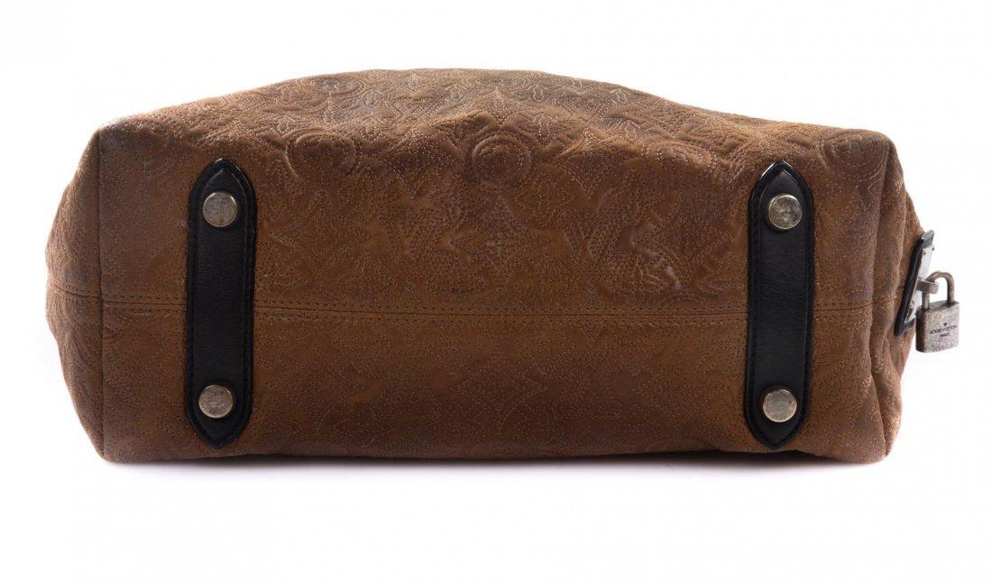 A Louis Vuitton Artsy MM Handbag - 5