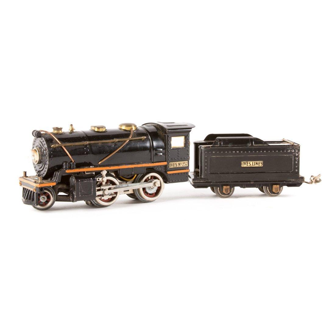 Ives O gauge #257 engine and tender
