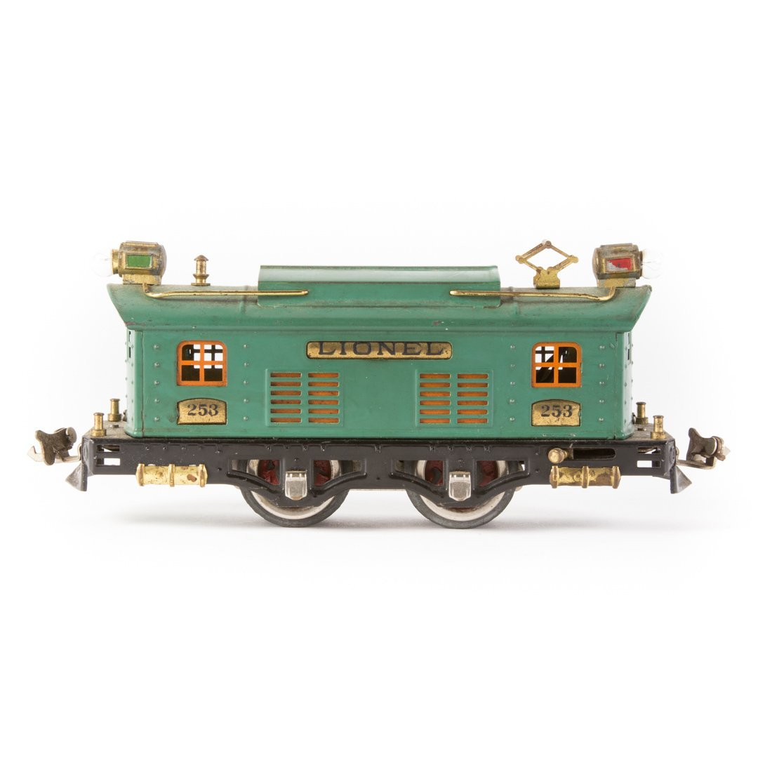 Lionel O gauge #253 electric engine