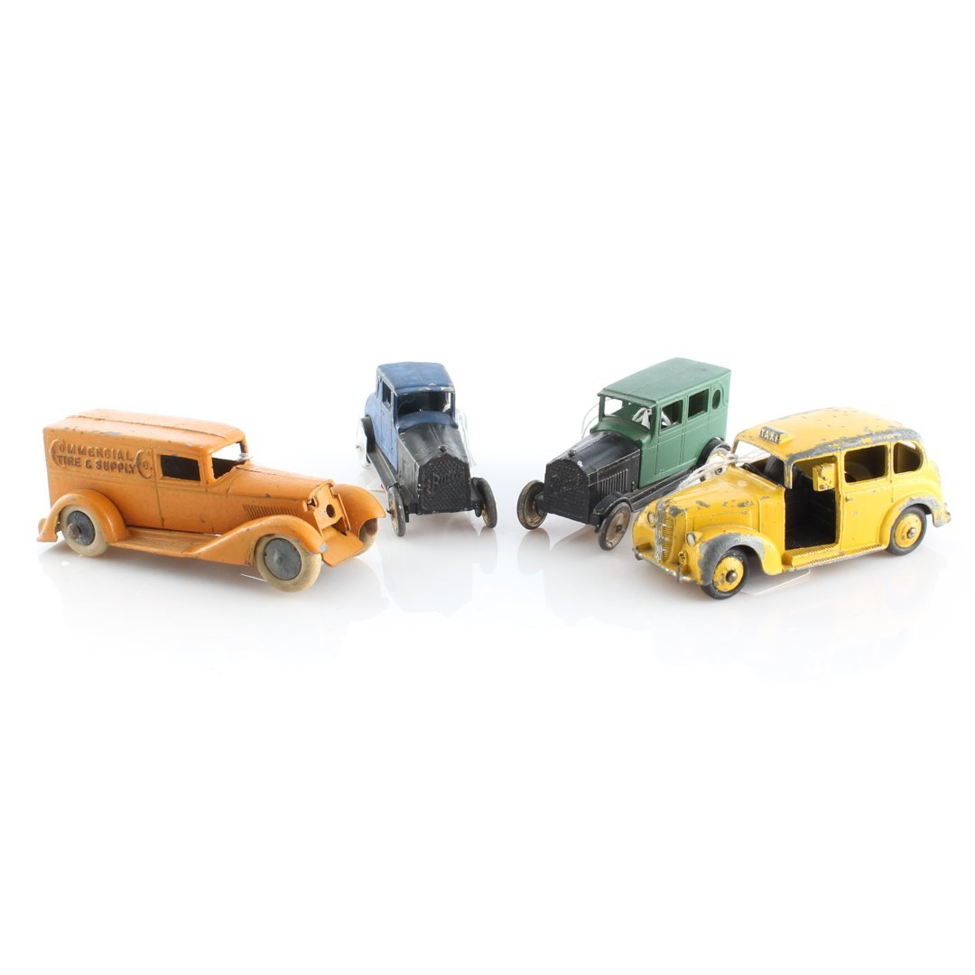 Group of Tootsietoy and other vehicles