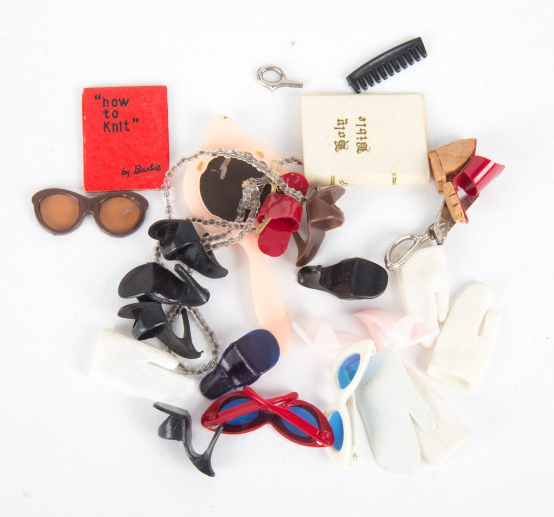 Mattel first year Barbie doll and accessories - 9
