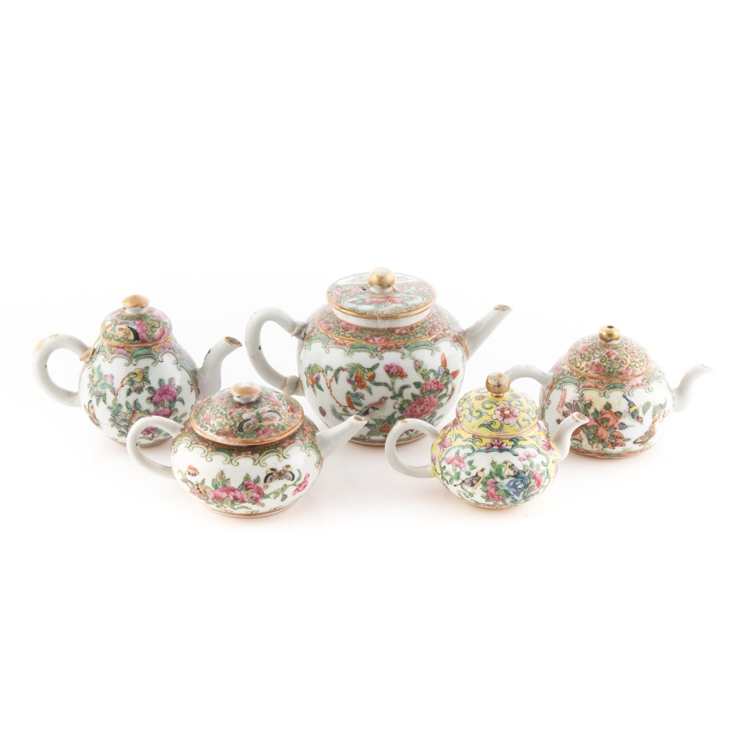 Five Chinese Export porcelain miniature teapots - 2