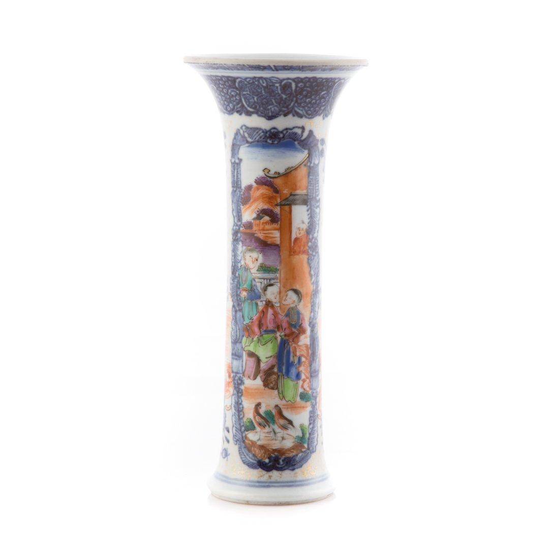 Chinese Export Mandarin palette trumpet vase - 3