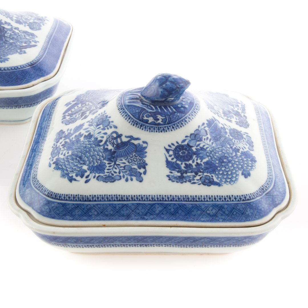 Pr. Chinese Export Blue Fitzhugh serving dishes - 2