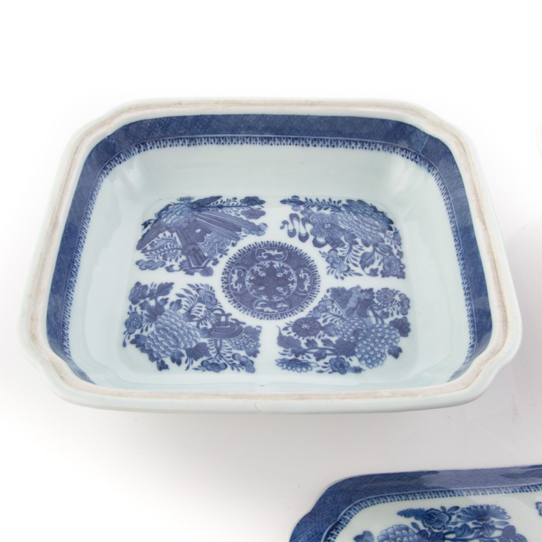 Pr. Chinese Export Blue Fitzhugh serving dishes - 4