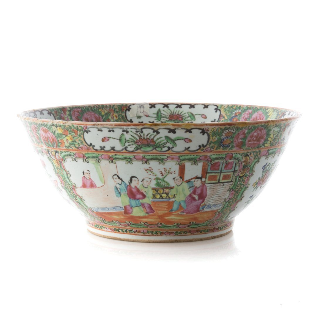 Chinese Export Rose Medallion bowl
