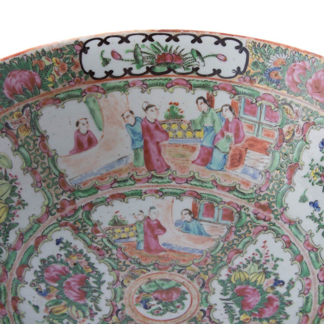 Chinese Export Rose Medallion bowl - 5