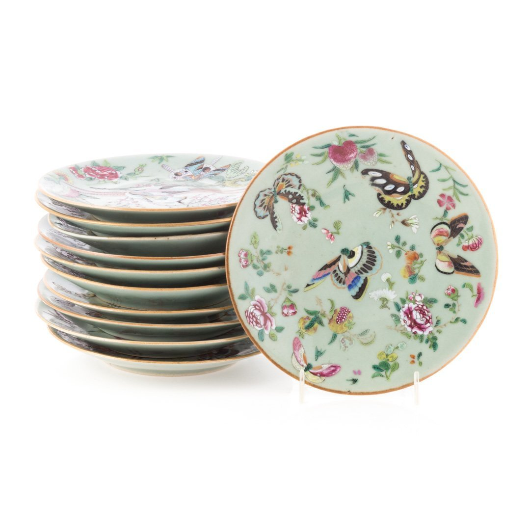 23 Chinese Export Famille Rose on celadon plates - 2