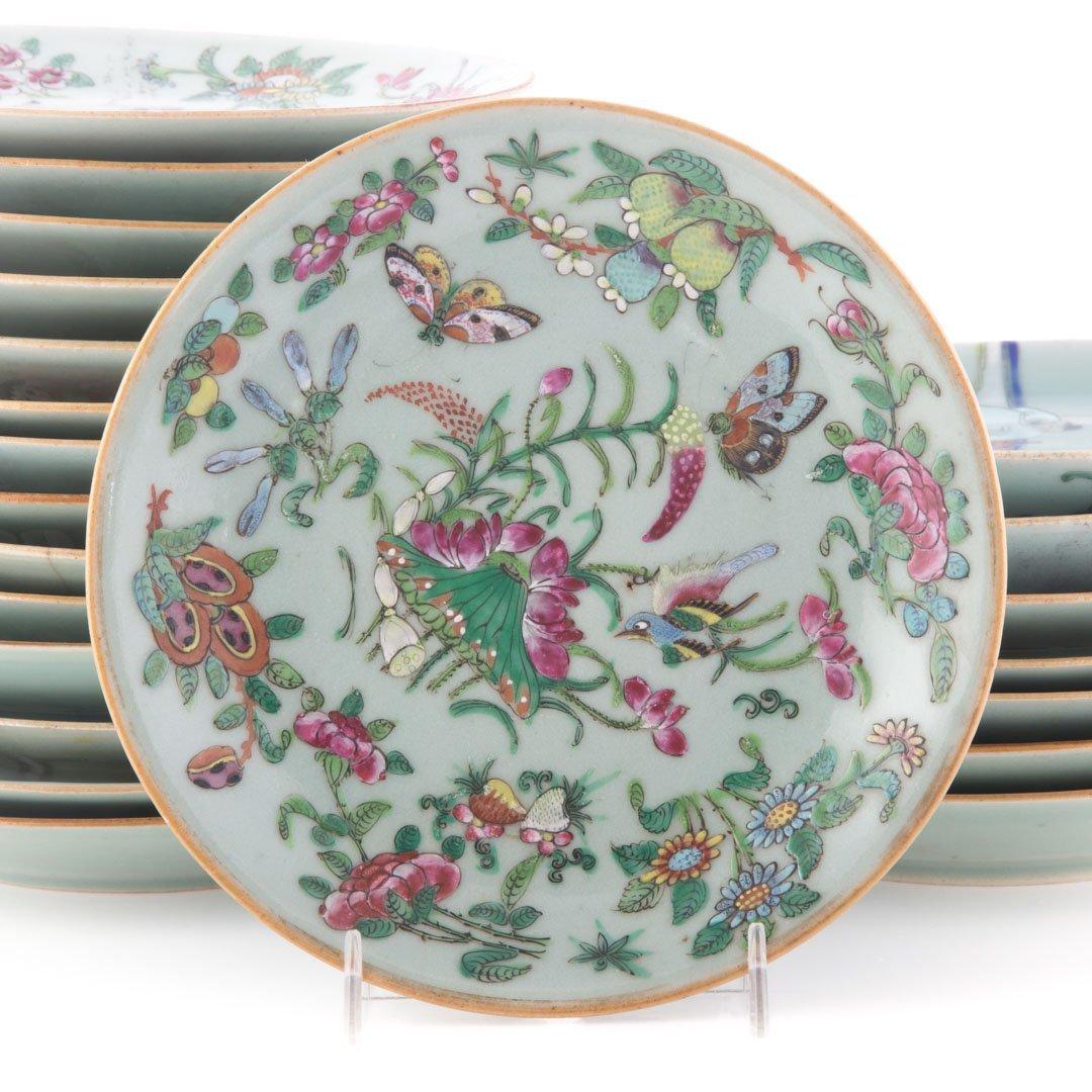 22 Chinese Export celadon dessert plates - 3