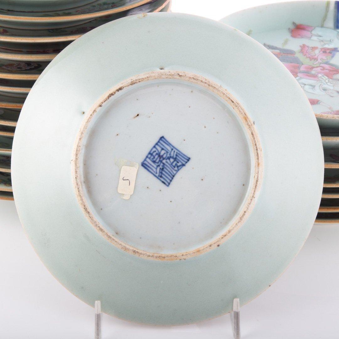 22 Chinese Export celadon dessert plates - 4