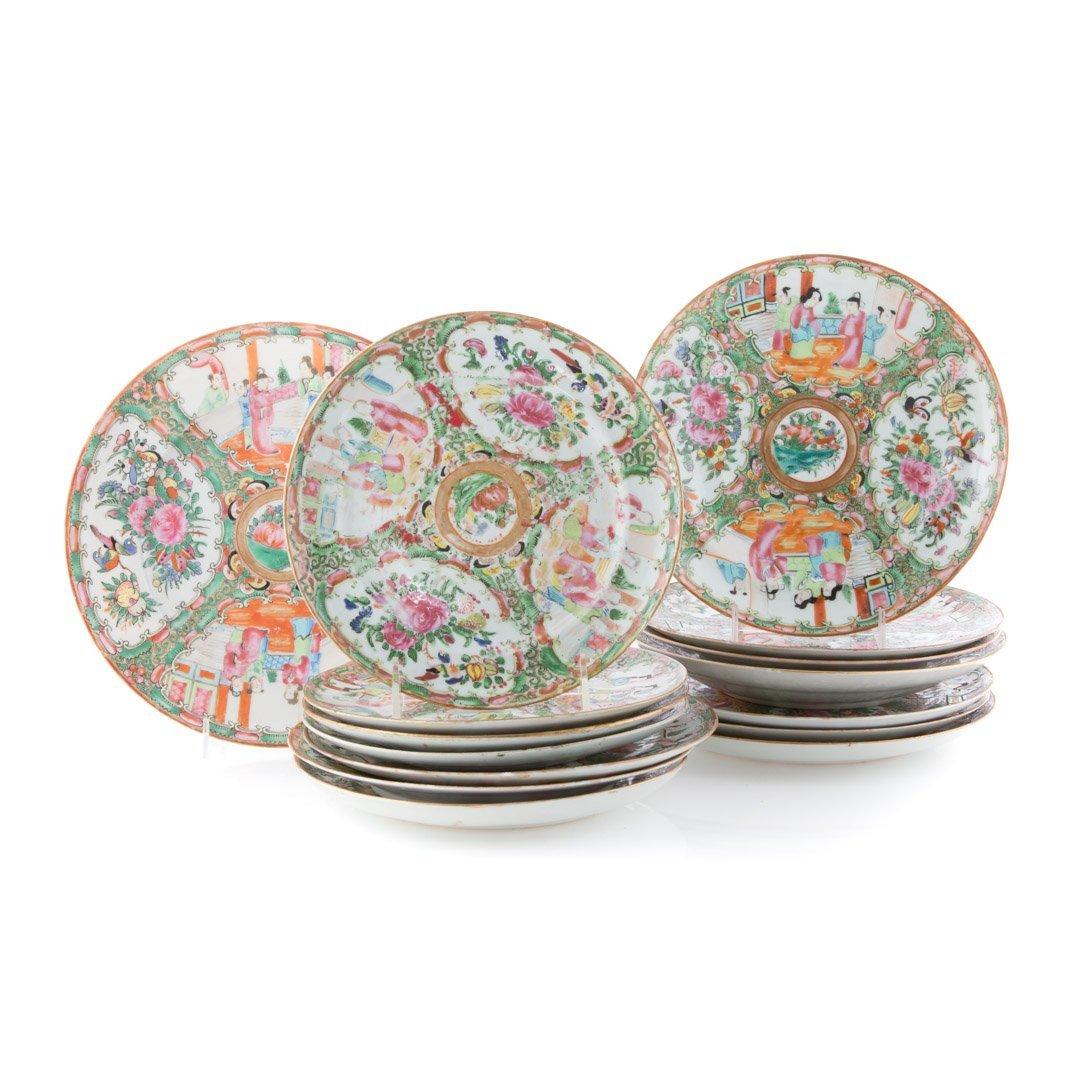 15 Chinese Export Rose Medallion dinner plates