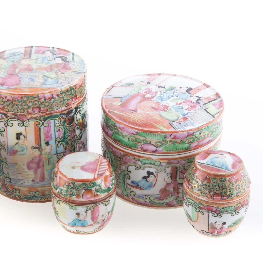 Seven Chinese Export Rose Medallion vanity jars - 2