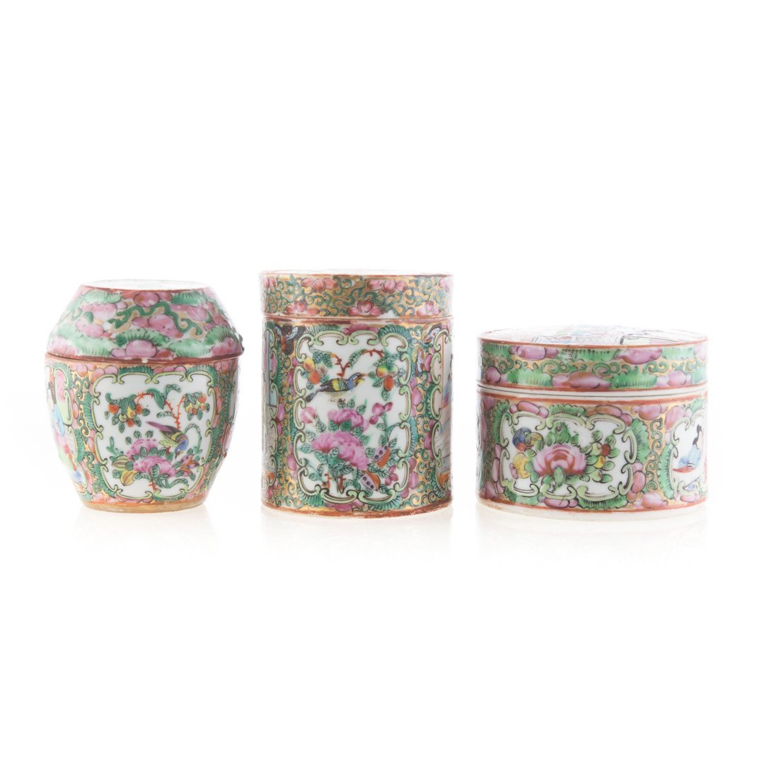 Seven Chinese Export Rose Medallion vanity jars - 4