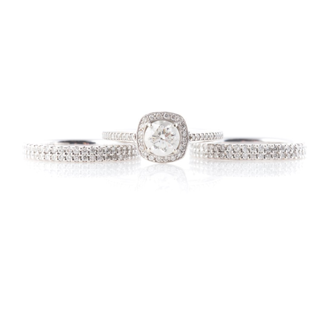 A Diamond Engagement Ring & Two Diamond Bands - 2
