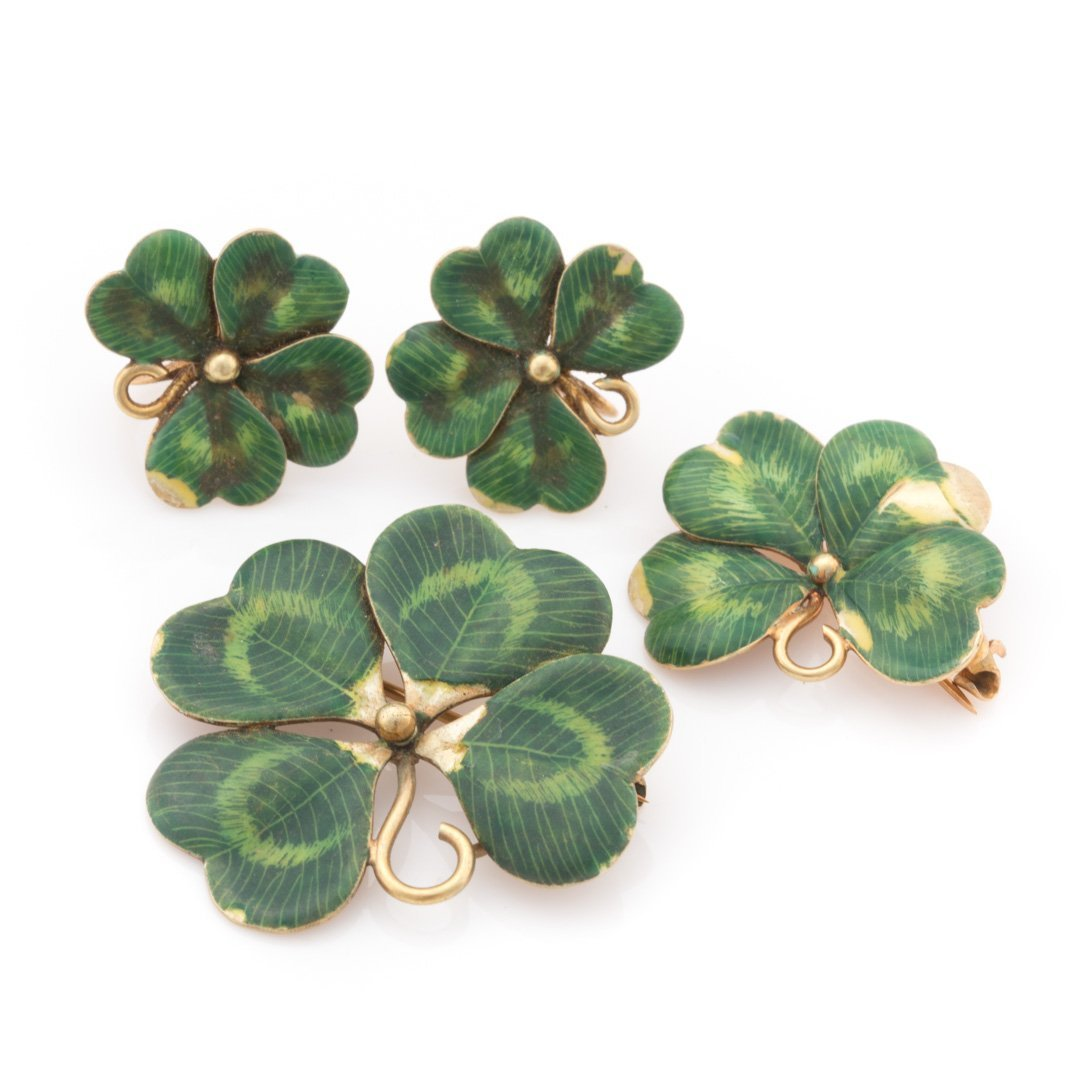 A Set of Green Enamel Clover Jewelry in 14K Gold
