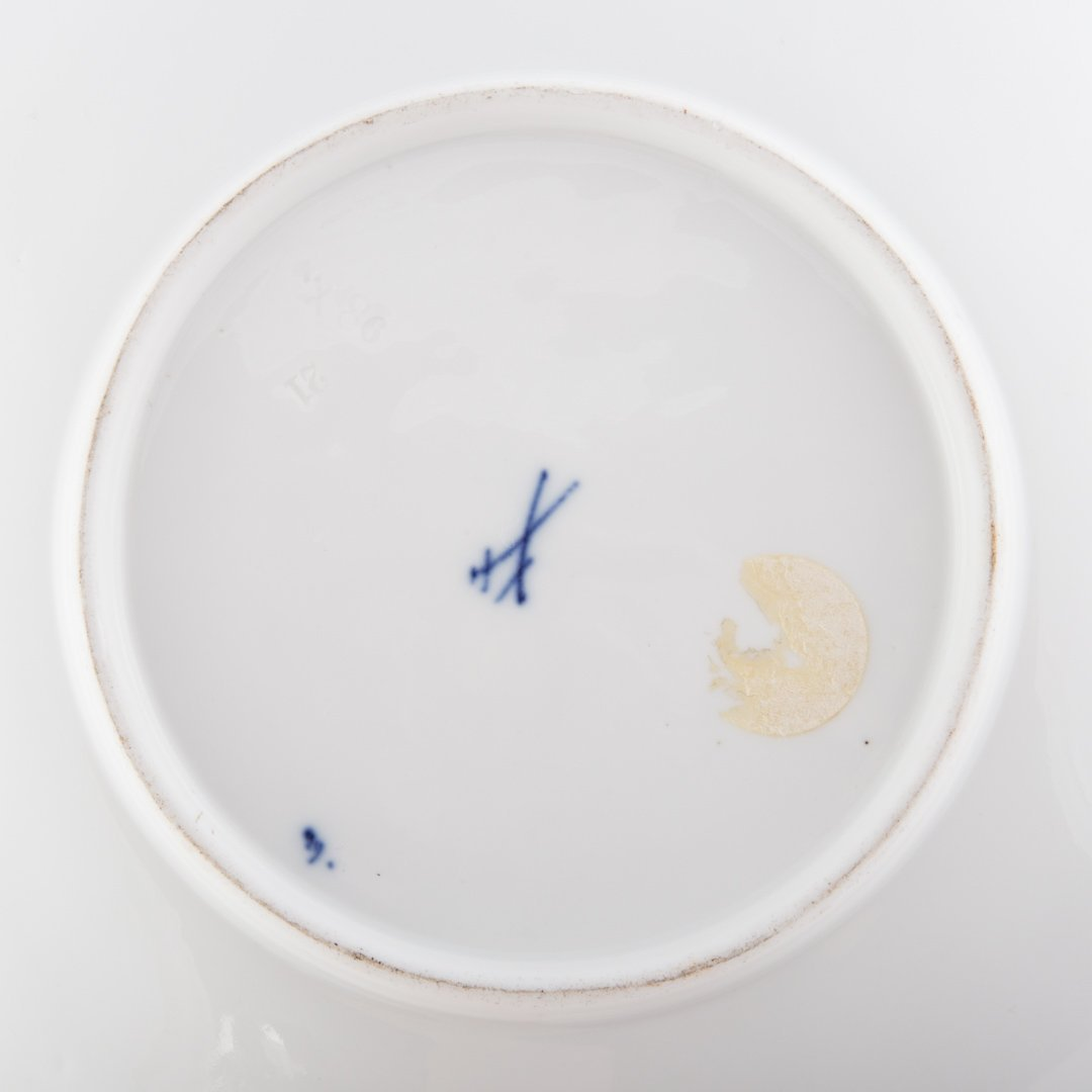 14 Meissen porcelain table articles - 3