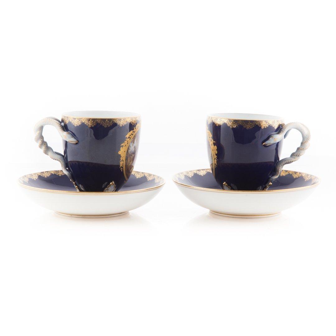Pair Meissen porcelain tea cups and saucers - 4
