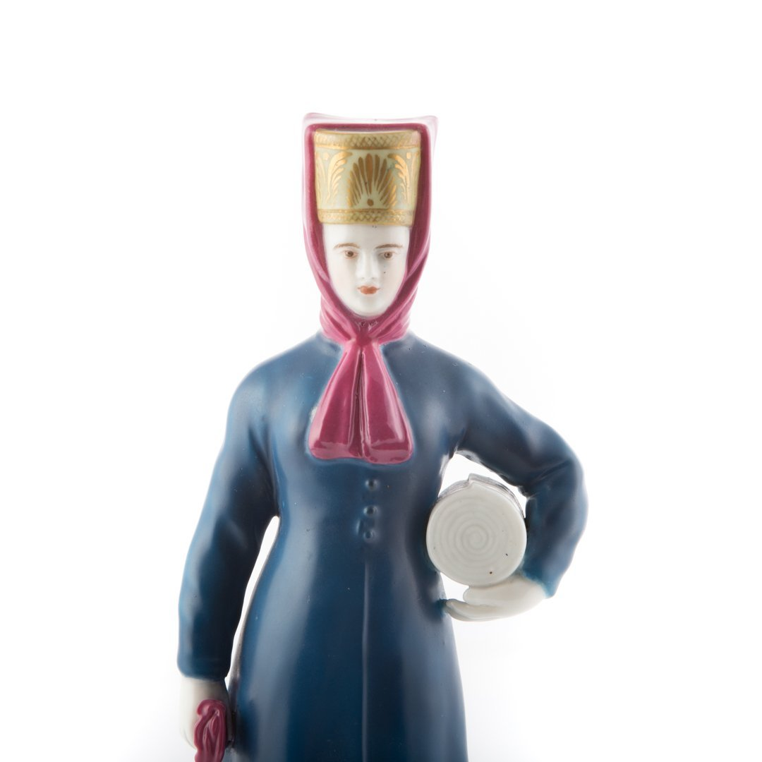 Imperial Russian porcelain figure - 4