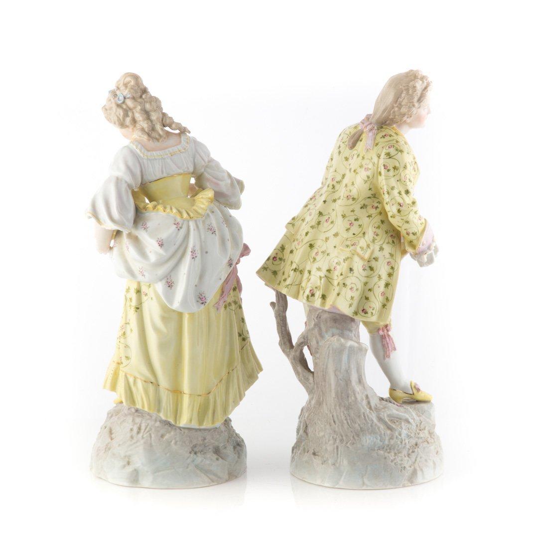 Pair of Meissen style porcelain figures - 2