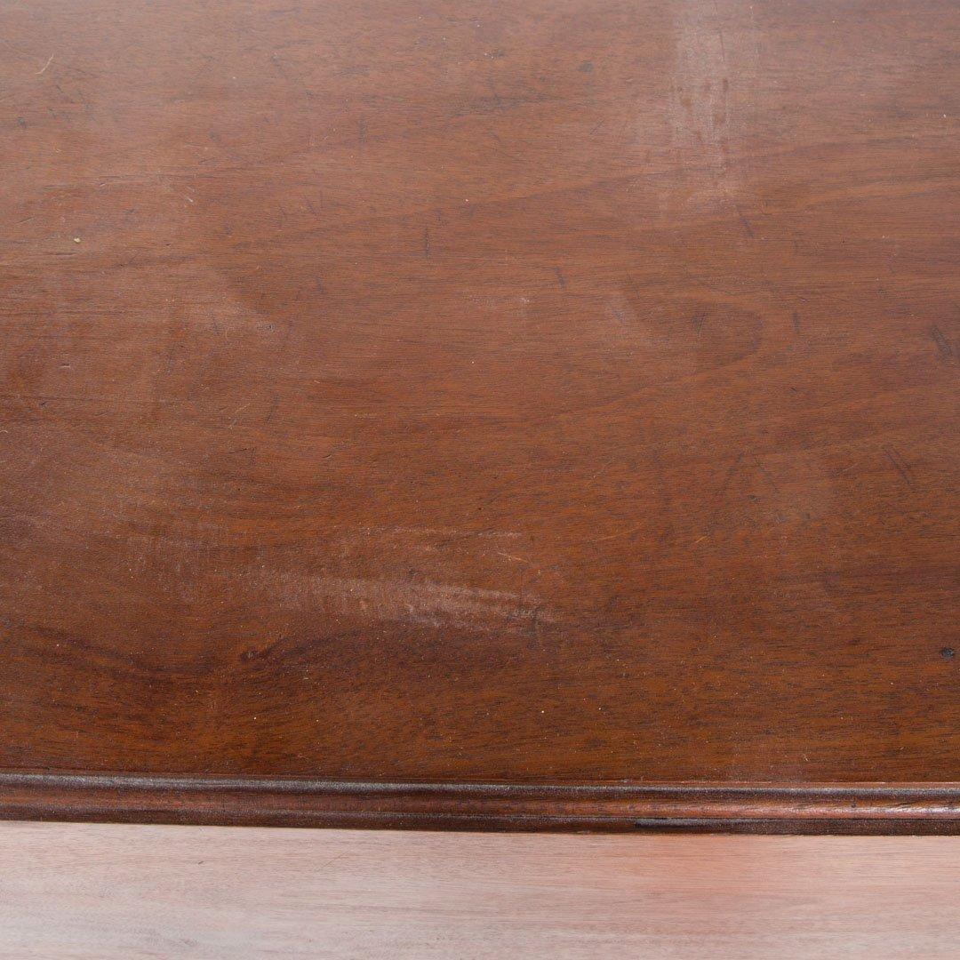 Late Federal mahogany pembroke table - 3