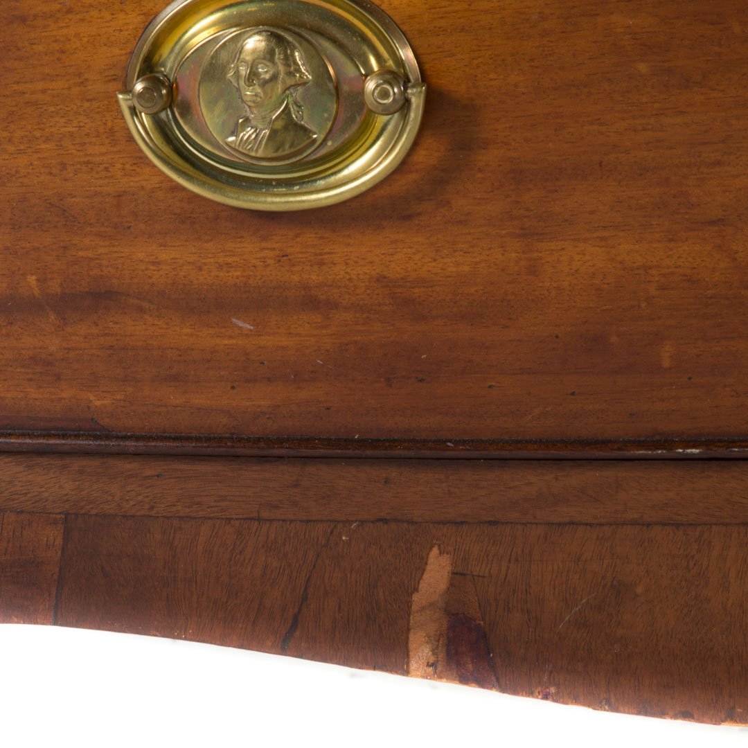 Federal mahogany bow front chest of drawers - 2