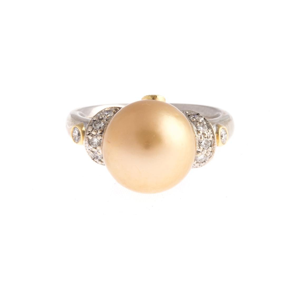 A Lady's Important Golden South Sea Pearl Ring