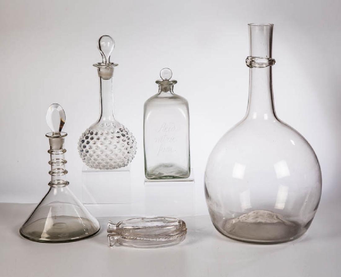 Sieben verschiedene Gläser