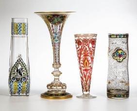 Vier Vasen