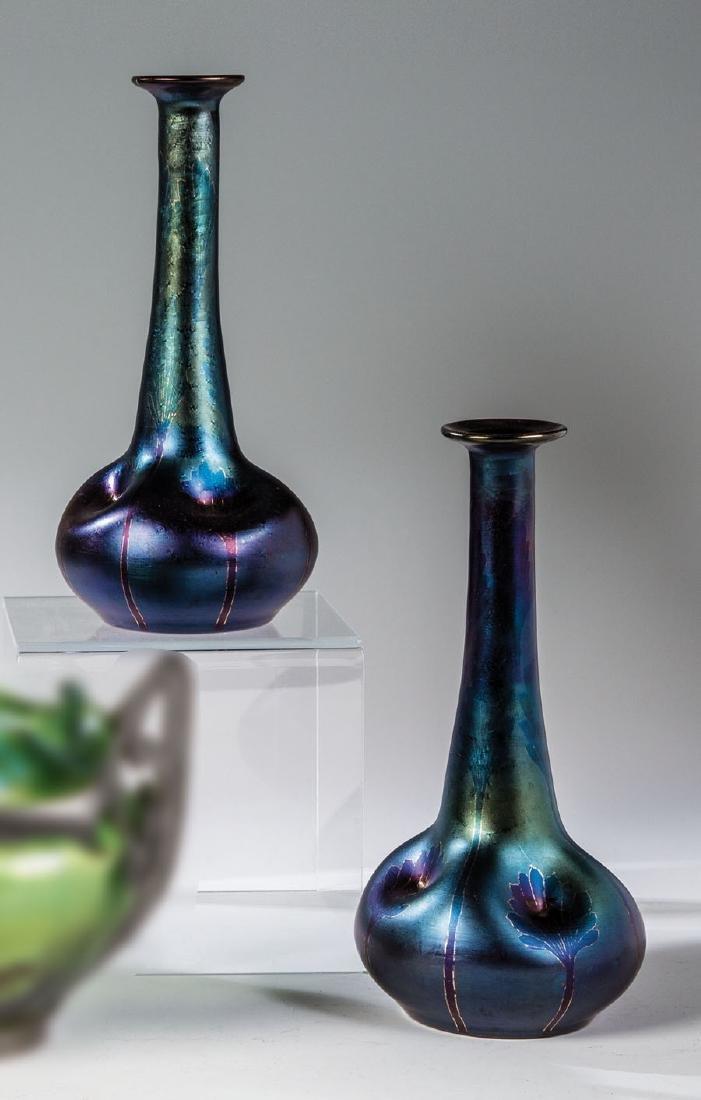 Paar Vasen  ''rubin matt Iris I/116''