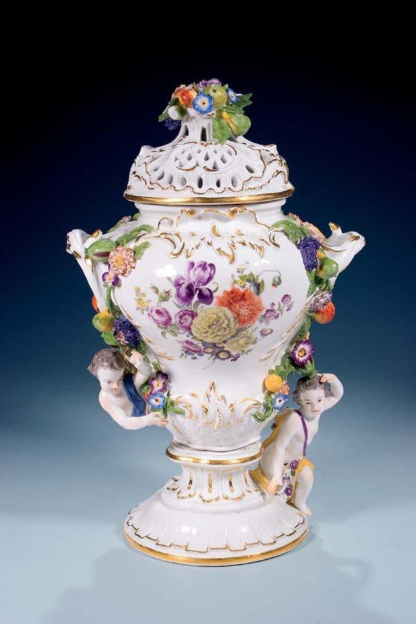 5: Deckelvase Meissen 1770 covered Vase