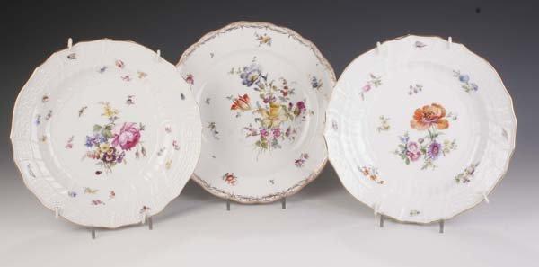 15: Drei Teller Meissen 20. Jh three plates