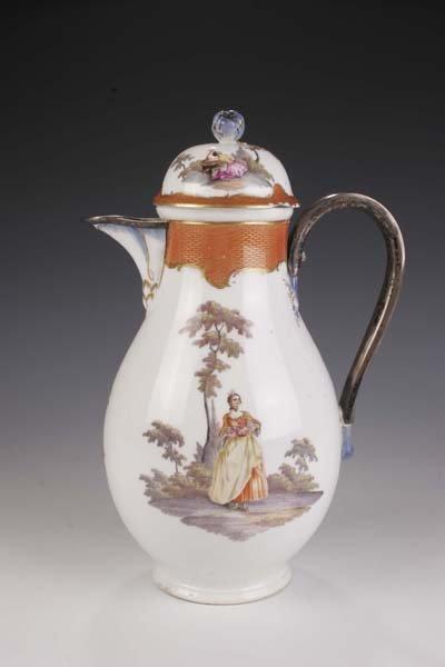 16: Kaffeekanne Meissen 1765-70 coffeepot