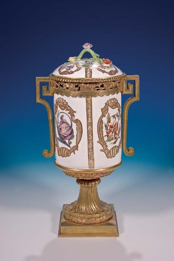 17: Tabaktopf Meissen 1745-50 tobacco-pot
