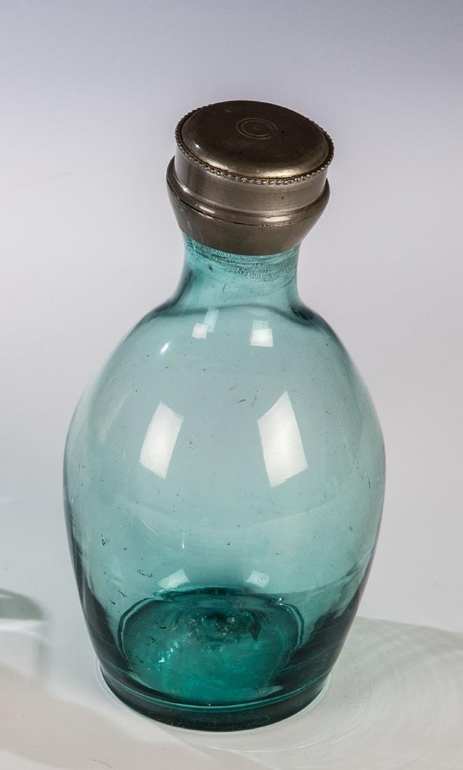 Apothekenflasche mit Zinnschraubverschluss